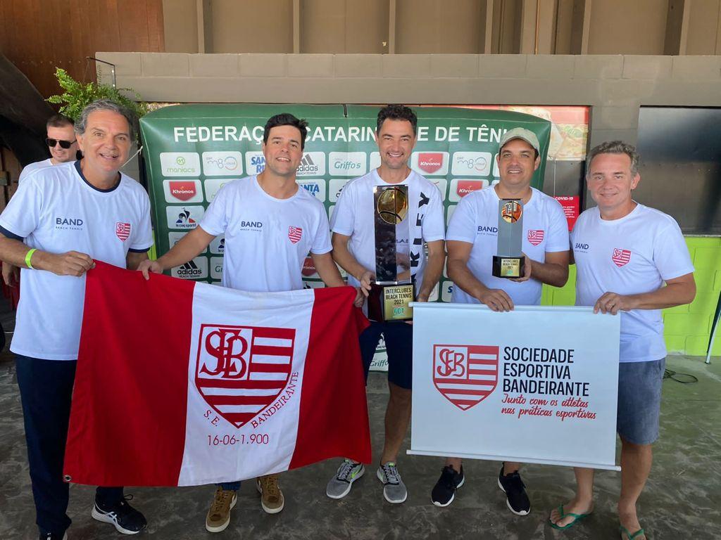 Bandeirante conquista 1o lugar geral no Interclubes de Beach Tennis 2021 de Santa Catarina