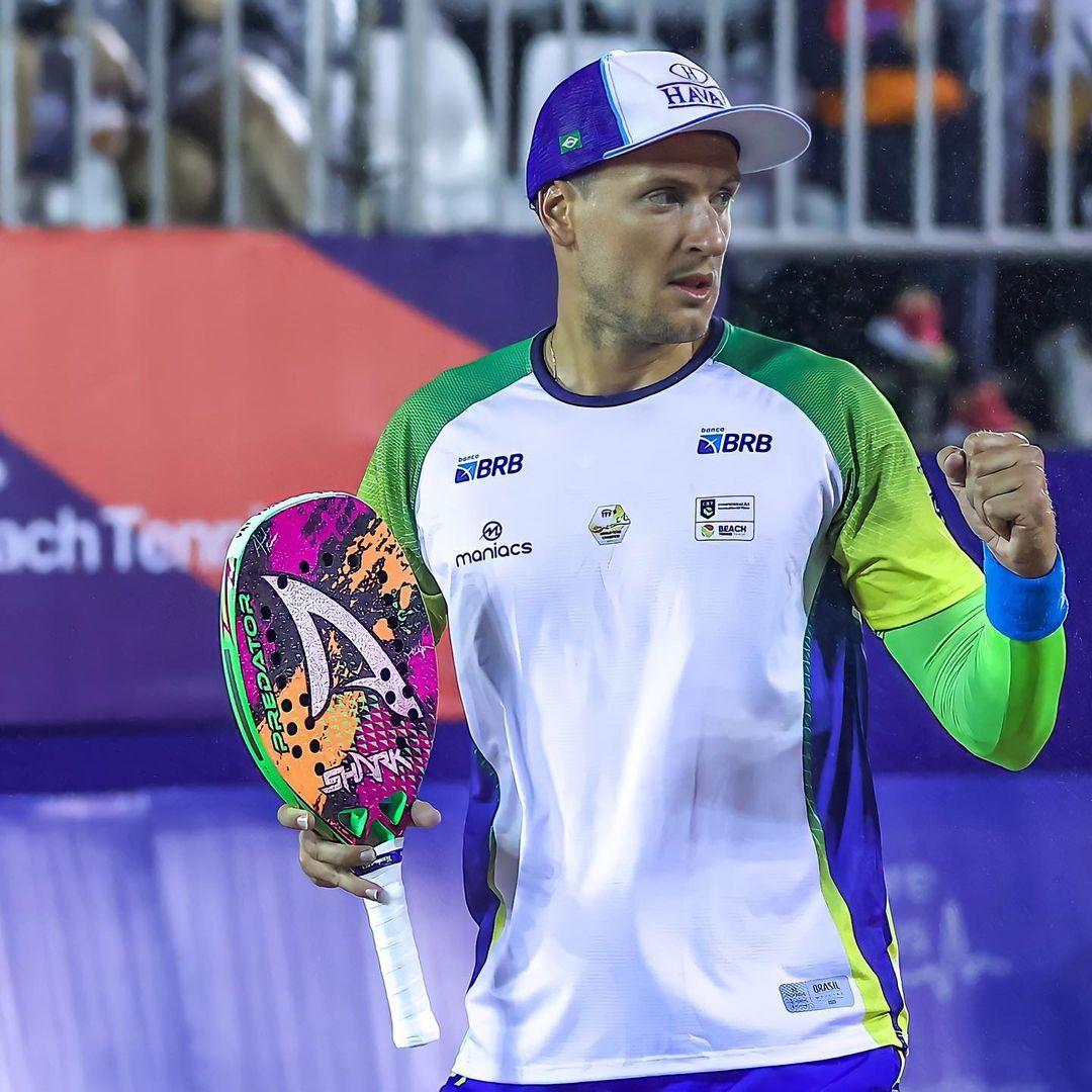 Bandeirante parabeniza André Baran pela conquista do tetra de Beach Tennis para o Brasil