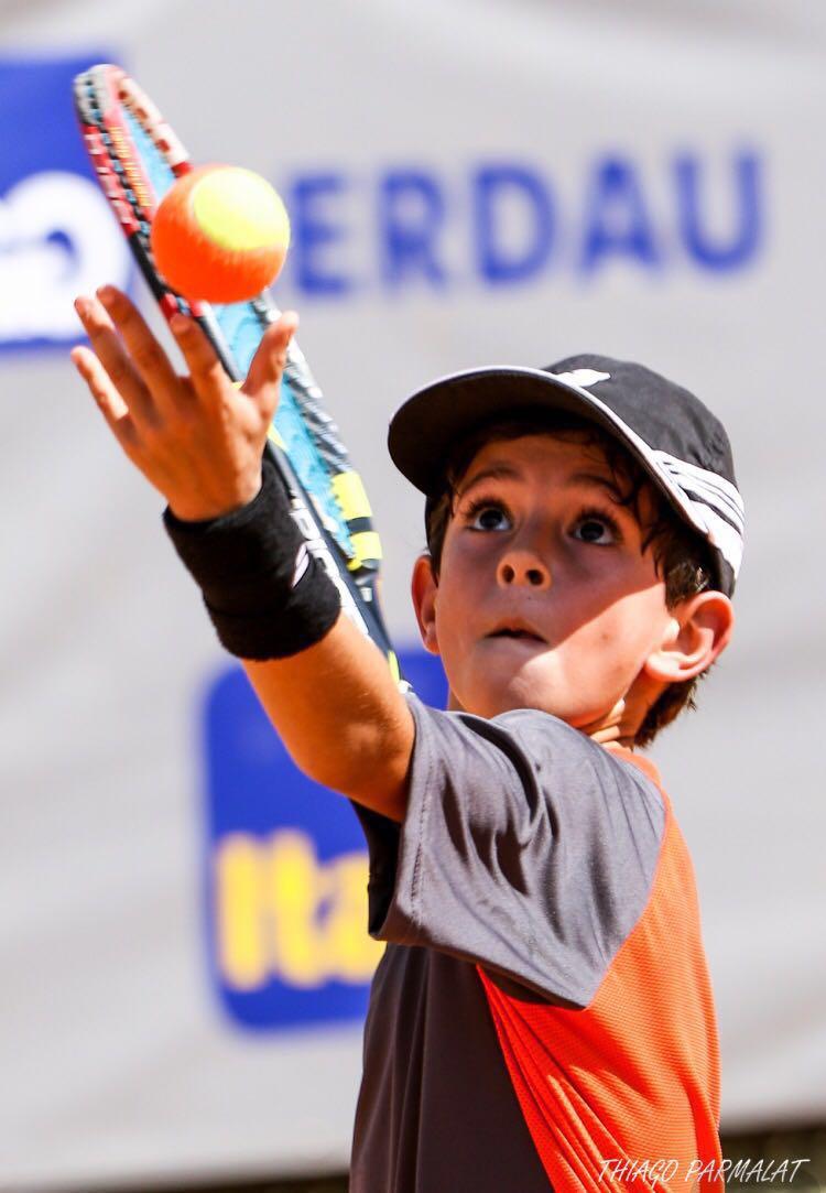 Escolinha de Tênis Infantil