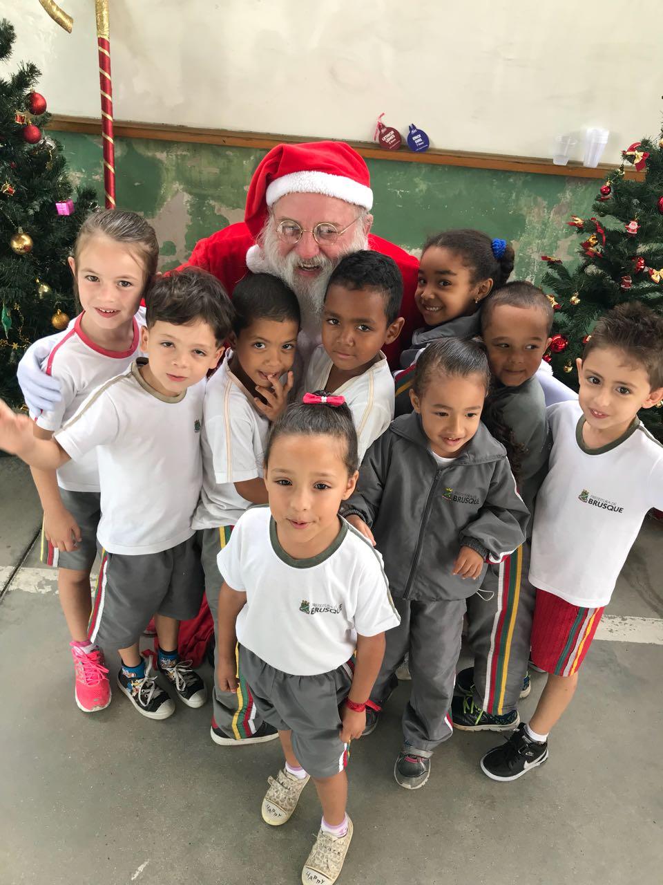 Natal Solidário do Bandeirante atende mais de 350 crianças